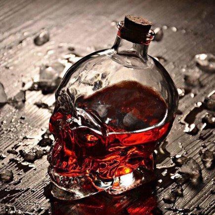بطری شیشه ای طرح جمجمه